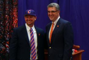 Clemson introduces Lee as baseball coach (Image 1)_62759