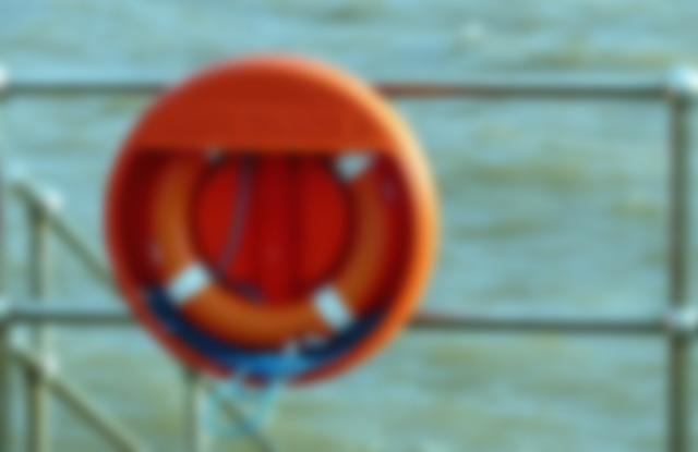 drown-liferaft_206710