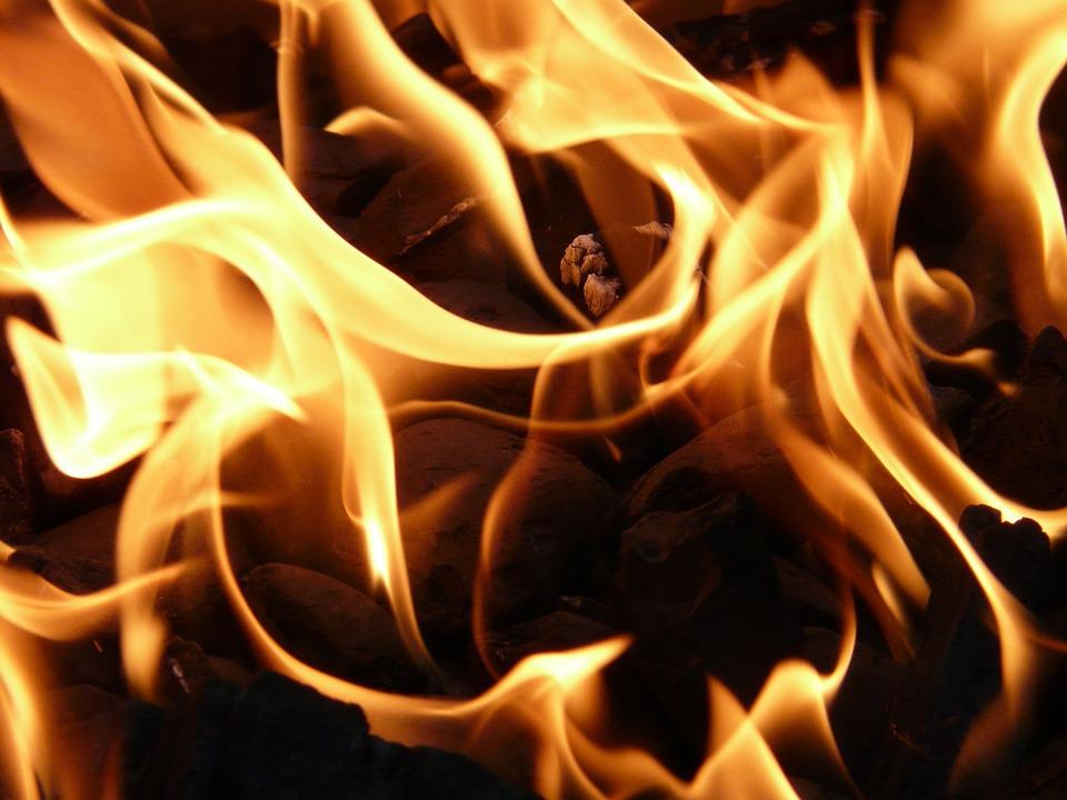 fire-8837_960_720_367442