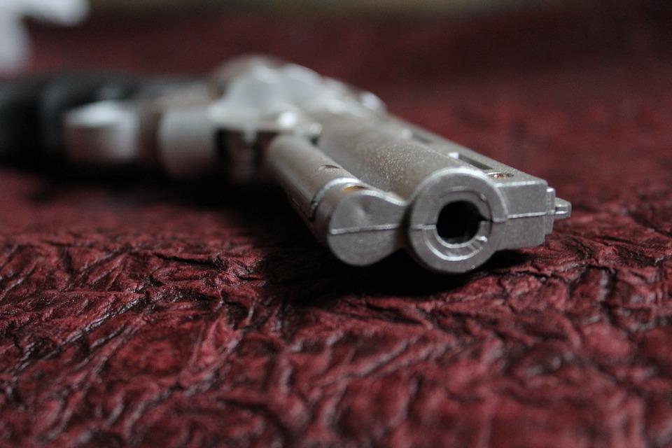 gun-166507_960_720_429180