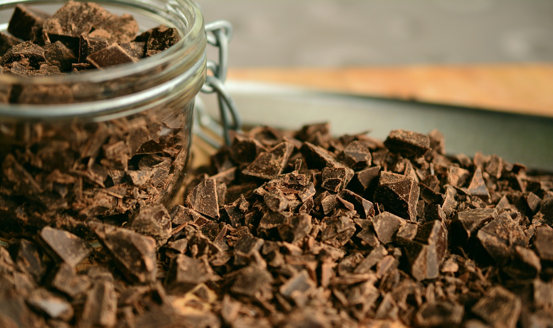 chocolate-2224998_1920_438427
