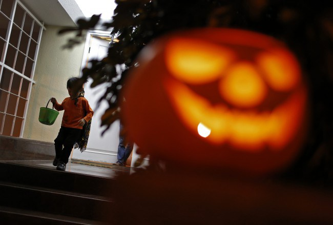halloween_ap_299857