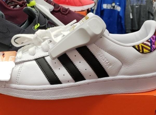 Shoes like this type_1543099827747.jpg.jpg