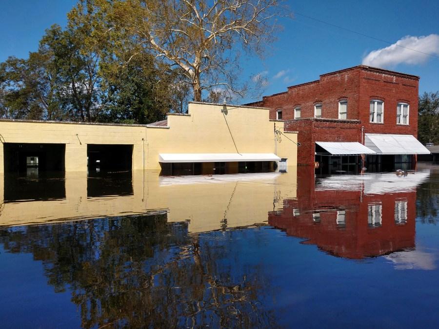 Hurricane_Florence_Aftermath_-_Pollocksville_NC_34207-159532.jpg17584936