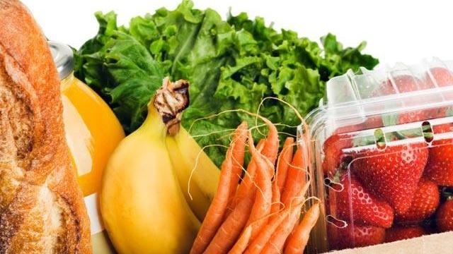 Food-stamps---Bag-of-groceries-food-bananas-carrots-spinach-bread_158596_ver1.0_16747963_ver1.0_640_360_1559698207357.jpg