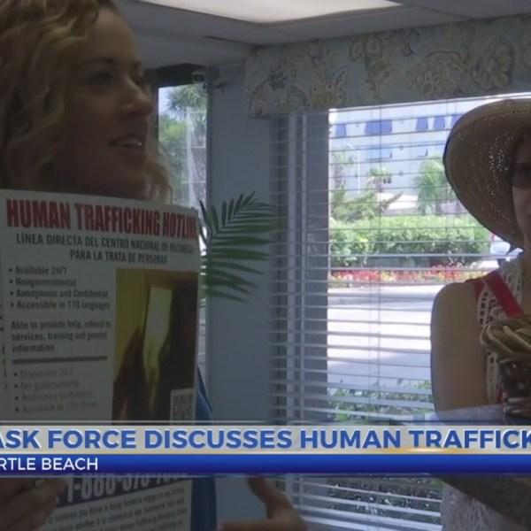 Group_distributes_human_trafficking_awar_0_20190603212702