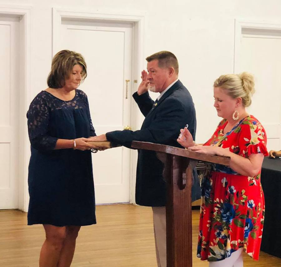 todd harrelson swearing in loris mayor