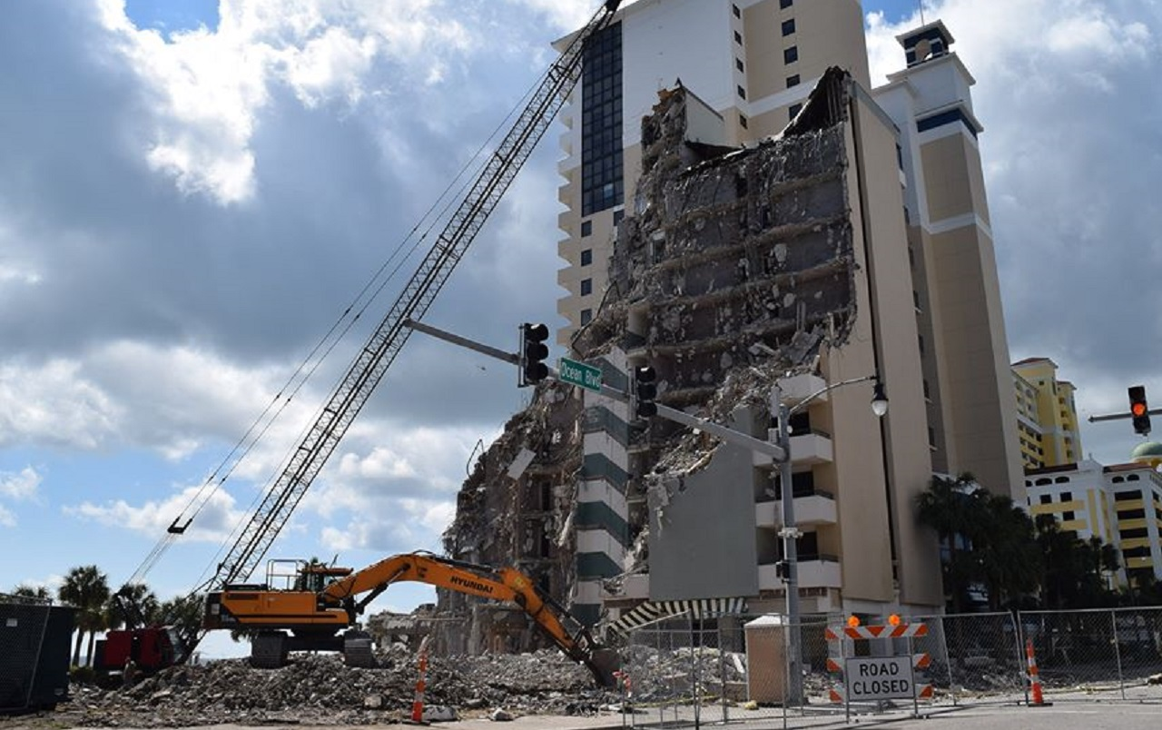 Demolition Of Breakers Hotel On Ocean