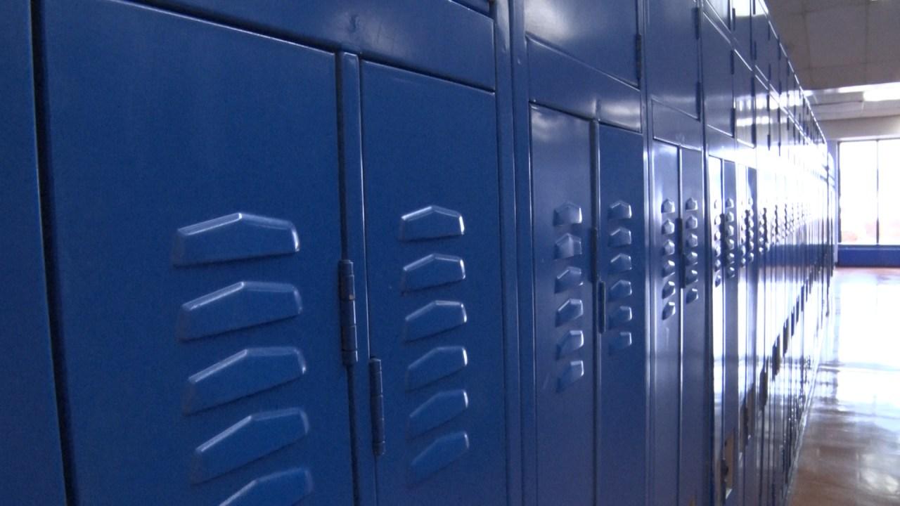 lockersblu jpg?w=1280.