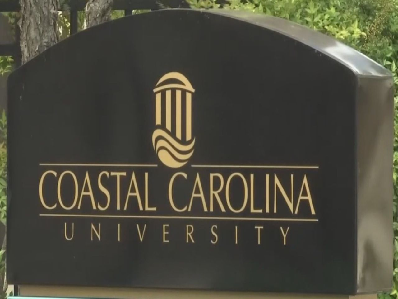 CCU freezes tuition, housing costs, meal plans for next 2 years | WBTW