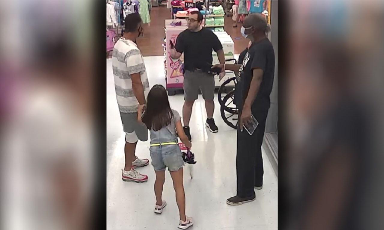 Florida Walmart Shopper Pulls Gun On Man In Dispute Over Masks Wbtw