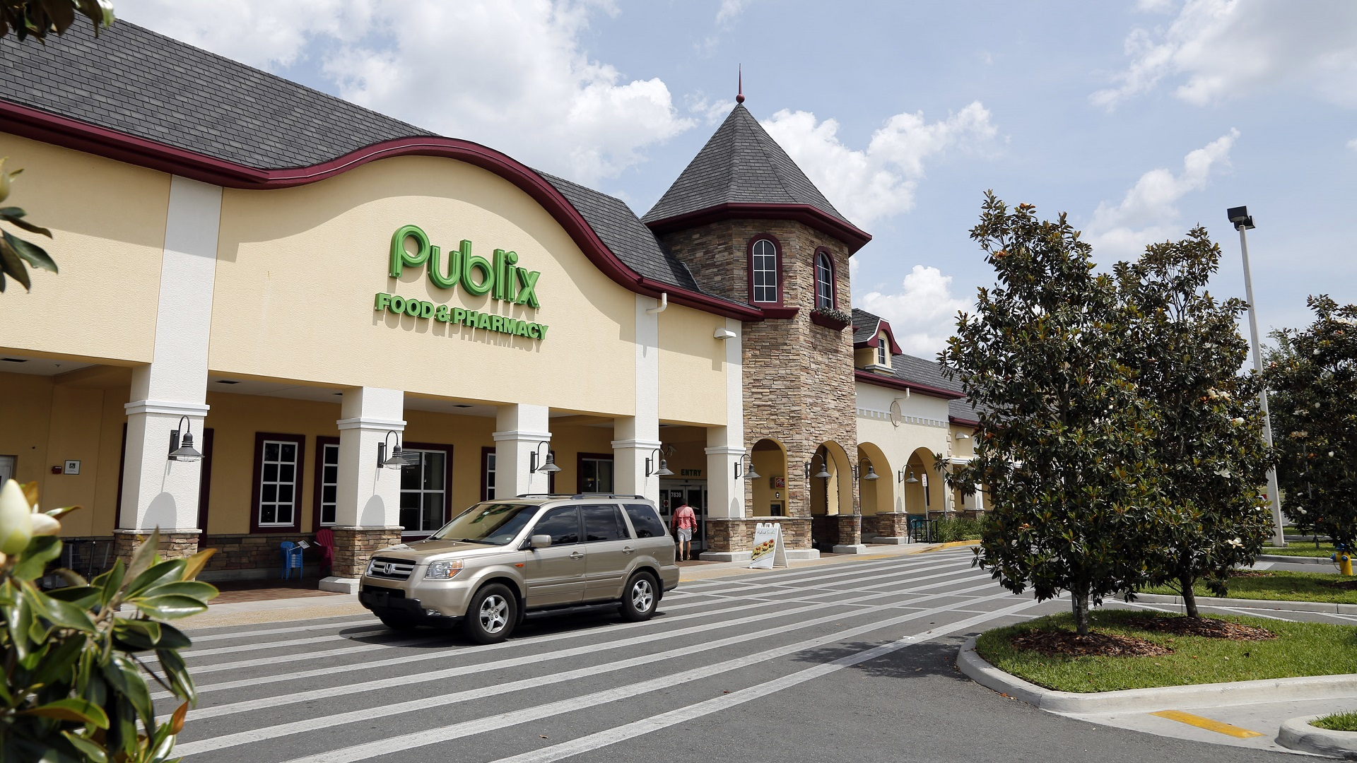 Publix will no longer require masks for vaccinated customers, employees