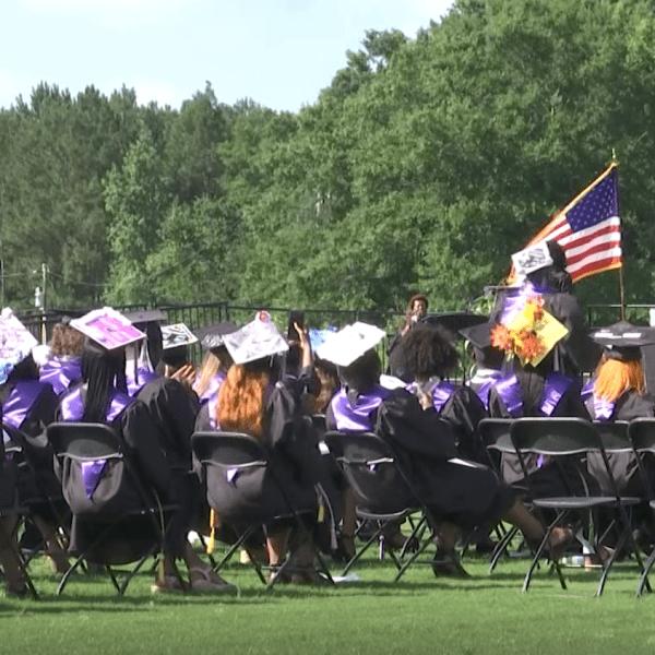 Darlington High graduates