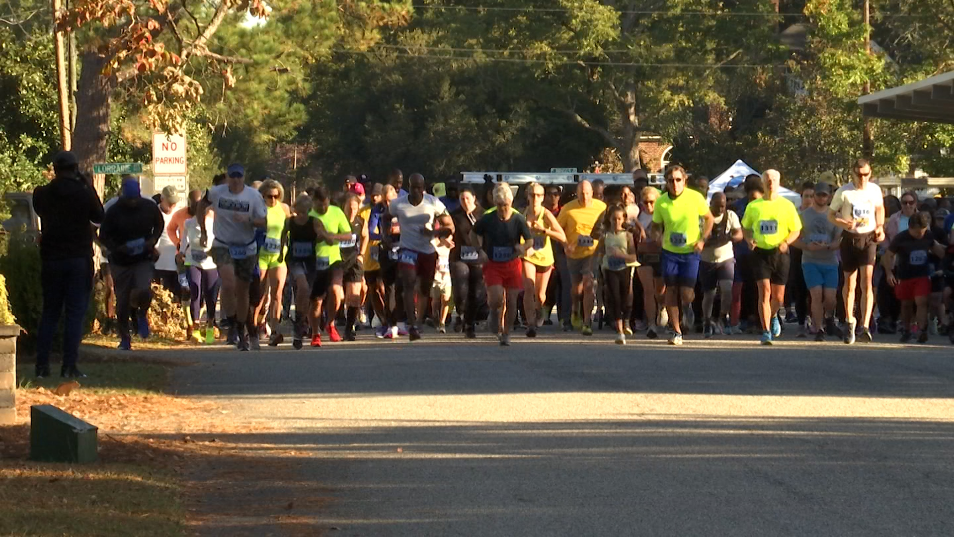 Hundreds turn out for 5K in honor of fallen Florence County deputy